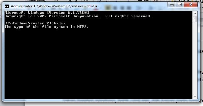 Cara Mengatasi Windows Explorer Has Stopped Working dengan pindai disk